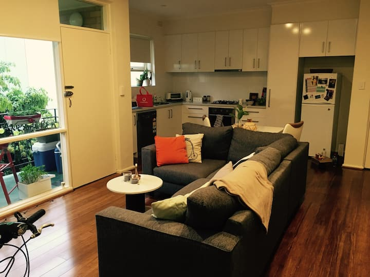 fully furnished 1 bedroom apartment - short term