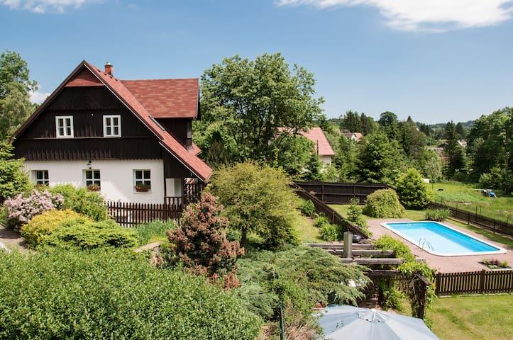 Stylish cottage with pool. Český ráj / Krkonoše - Nová Ves nad Popelkou - Haus