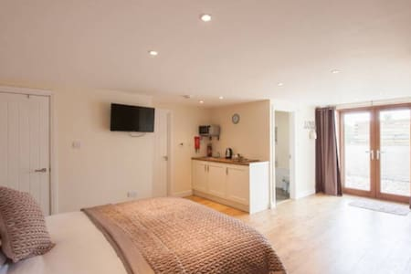 Gower Accommodation Self Contained - Reynoldston