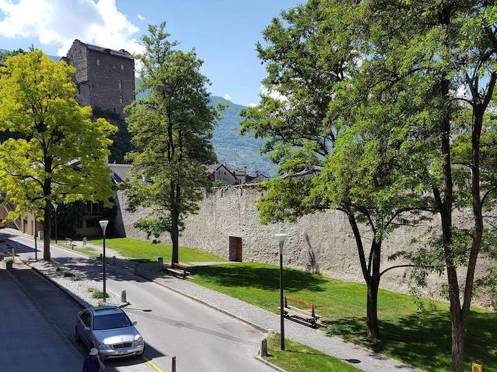 Appartement en vielle ville  Sion - vue Tourbillon