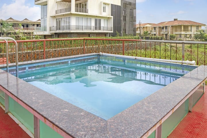 Beautiful 2 BHK with Private Pool (Sanitized)