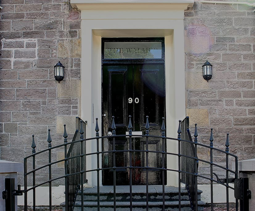 Main entrance to Walmer House