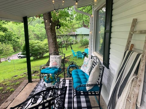 Outdoor living-Easy access-Near downtown-Breakfast