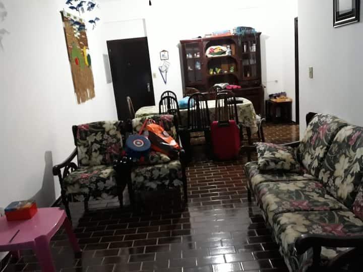 Apartamento familiar a 150 mts da Praia