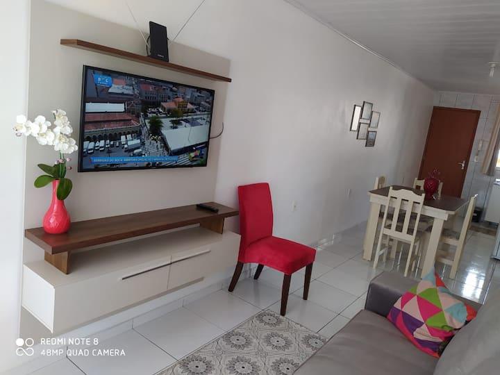 Apartamento para até 5 hóspedes com garagem.