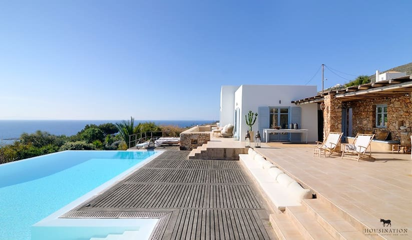 Syros luxury villa Earl with private swimming pool - Parakopi - Villa