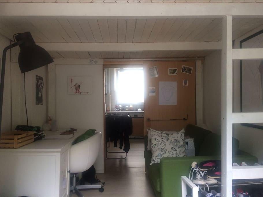 Dein Zimmer - Sofa & Schreibtisch