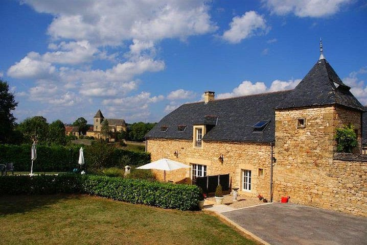 3 bedroom luxury villa with pool, near Sarlat - Saint-Crépin-et-Carlucet - Casa