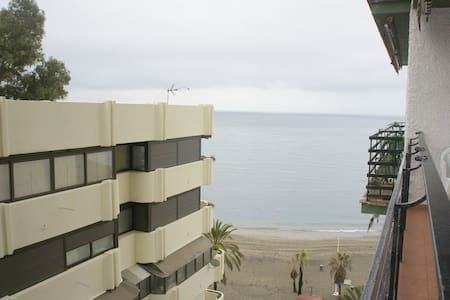 Bright new apartamet in Paseo Marítimo