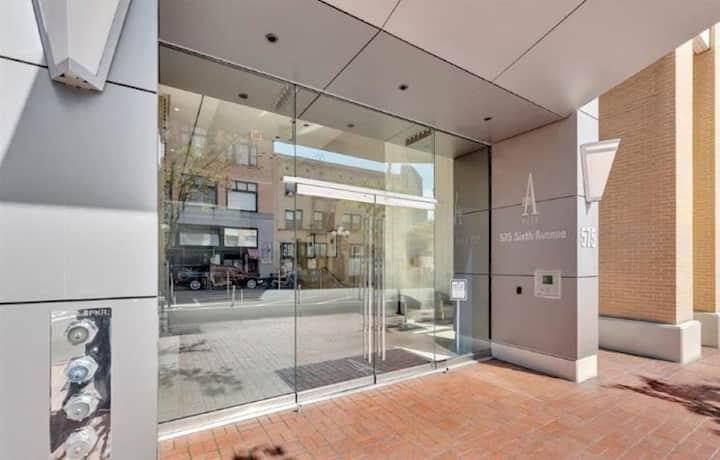 Gaslamp Luxury High rise Condominium