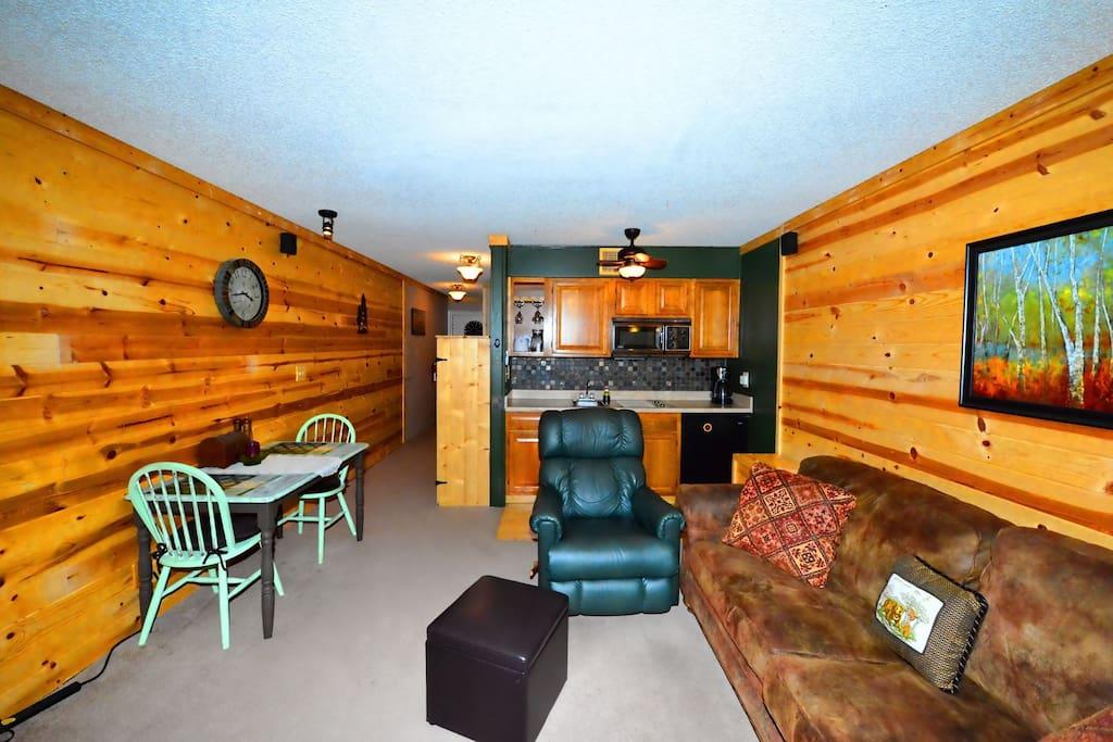 Canyon Creek Condo 204 - Cozy Cabins Real Estate, LLC