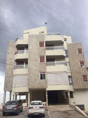 Unfurnished Apartment-long term rent in Ballouneh.