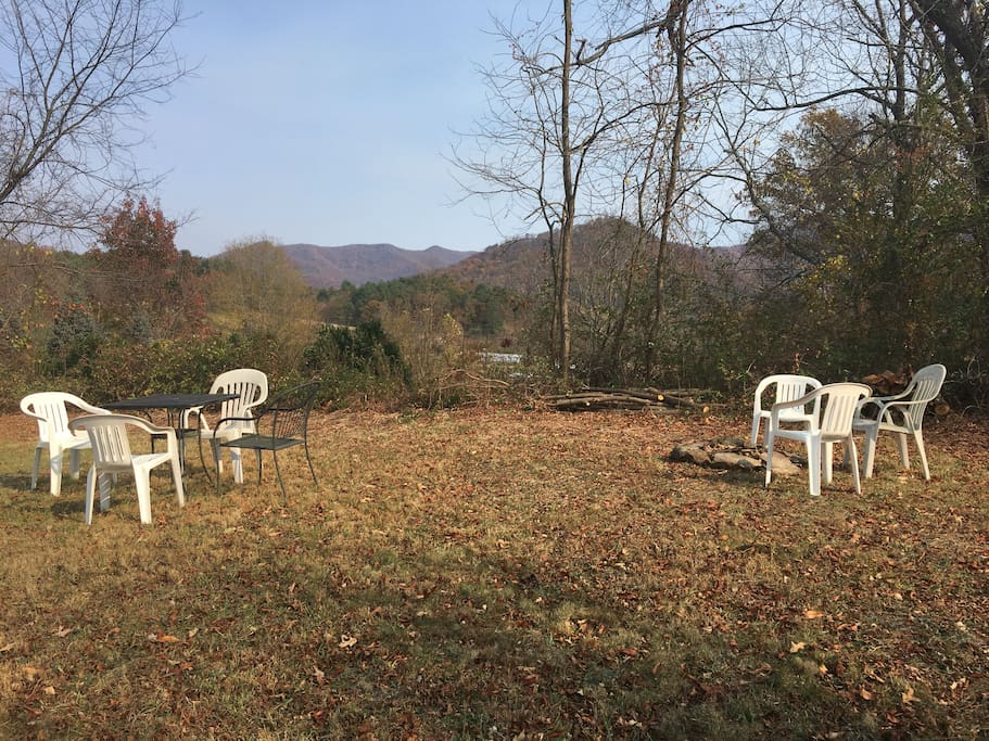 Backyard picnic and firepit!