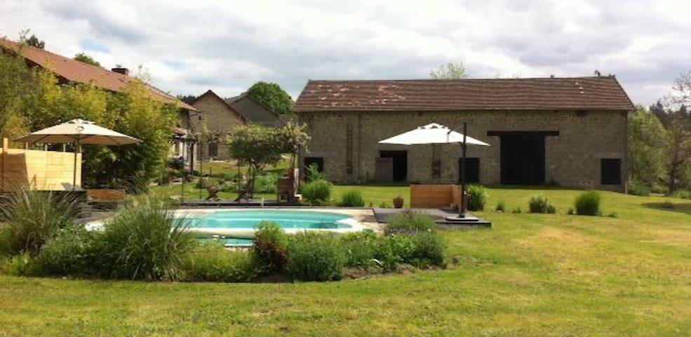 Huis (GITE) IN EEN OASE VAN RUST - Moissannes - House