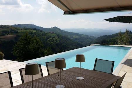 Architectonische villa in de Langhe - Marsaglia - Villa