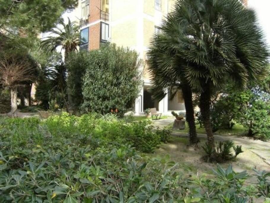 The garden - Il giardino condominiale