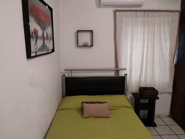 Suite equipada. Cómoda, privada y con cochera