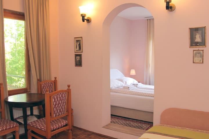 Three bed room at Zeravica bnb Sremski Karlovci