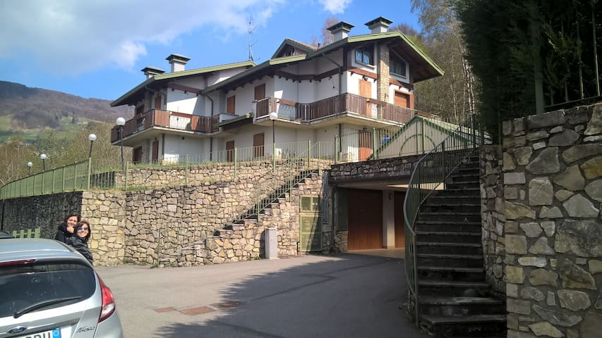 Piano Primo -  Appartamento in villa 8 posti letto - Selvino - Appartement