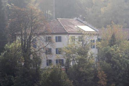 Cascina La Galeisa - Castiglione Tinella