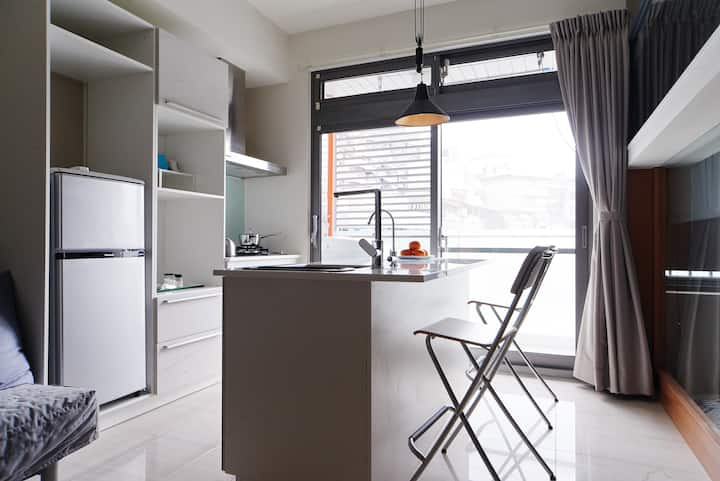Your home in Taipei! Comfy new 2rm apt. MRT Donghu