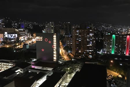 LOFT WITH AMAZING VIEW - Medellín