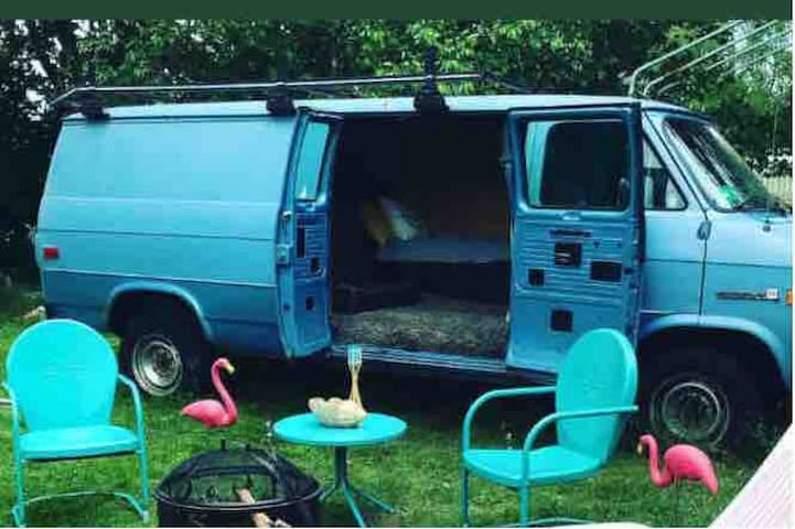 Arlington Acre Van Camp for 2