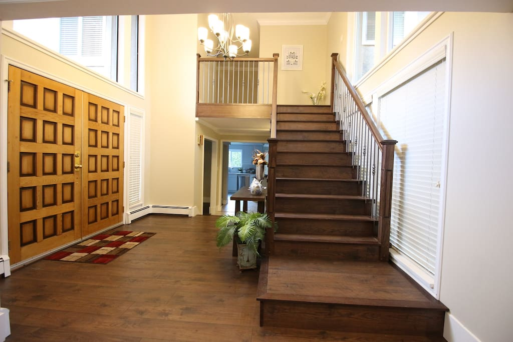 Entrance area. Stairs to upper-floor rooms.
