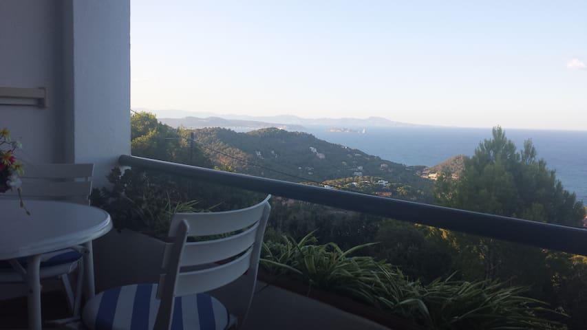 Apartamento con vistas a la Costa Empordanesa