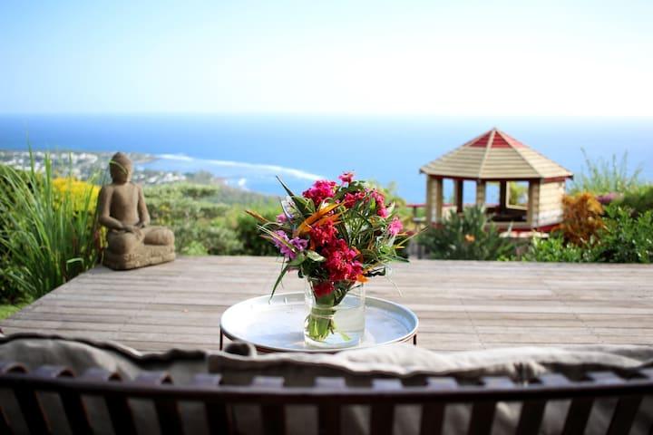 Vue & Calme - La Réunion S-W - les Avirons - House