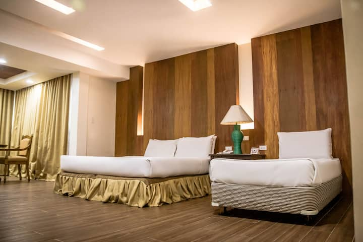 Budget-friendly Business  Hotel (Family Room)