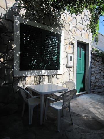 St. Juraj's cozy app - Primošten - Departamento