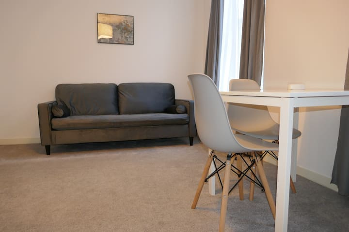 Modern 1 bedroom Apartment, Aberdeen City Centre