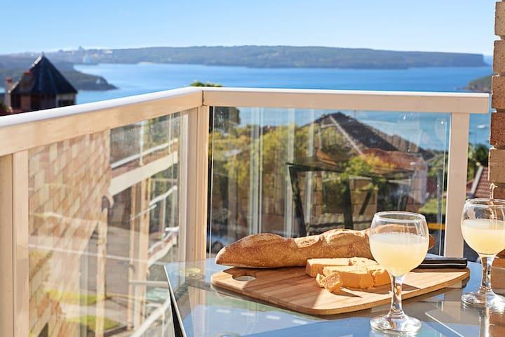 Ocean View  Queen Apartment Balmoral