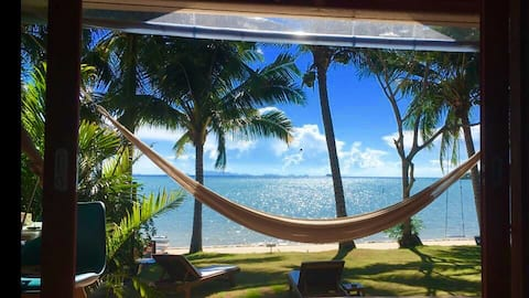 Nibbana Bungalow Deluxe Beach Front Sea View ❤️