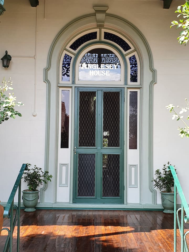 """Anglesey House"" Iconic Forbes CBD Heritage Home"