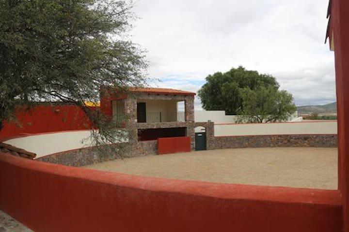 """Cortijo """"La Soledad"""" a 15 minutos de San Miguel. - San Miguel de Allende - House"""