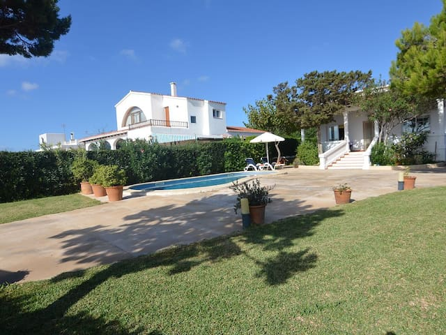 Villa With Private Pool With Fantastic Sea Views