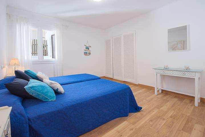 Habitación 2 / Room 2