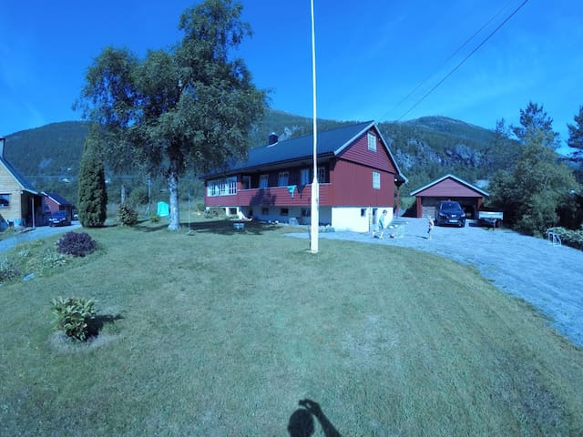 Large charming countryhouse in a fjord near Bergen
