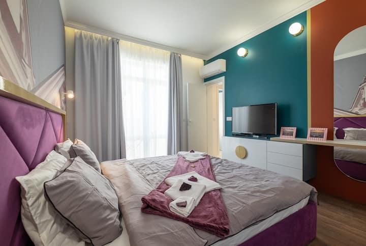 #Stayhome @ Splendid Shapes | 3BD Luxury Suite