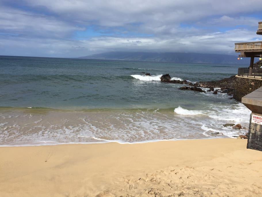BEACH FACING MOLOKAI