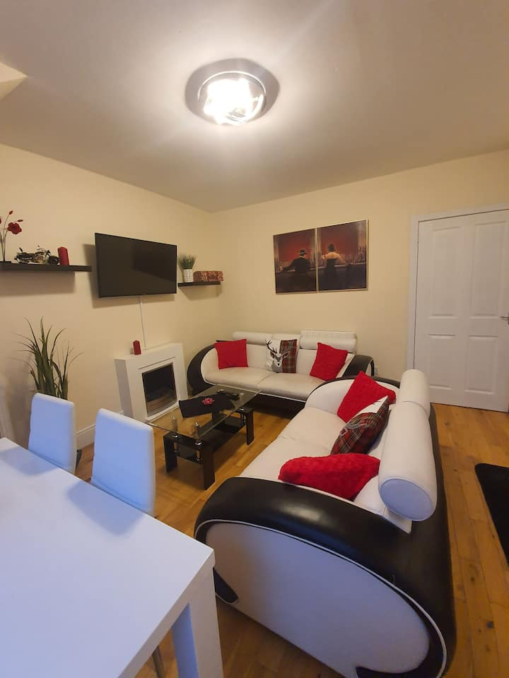 Greig Street City Centre Apartment