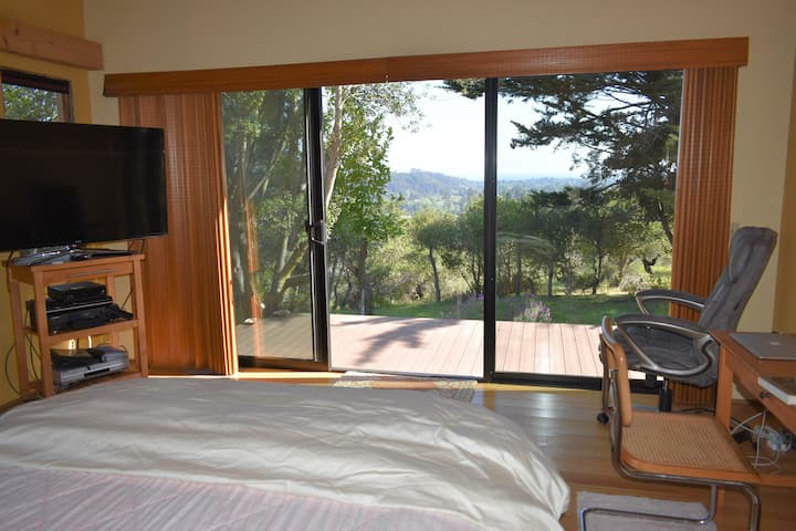 Views, privacy:  ideal for professionals/nurses