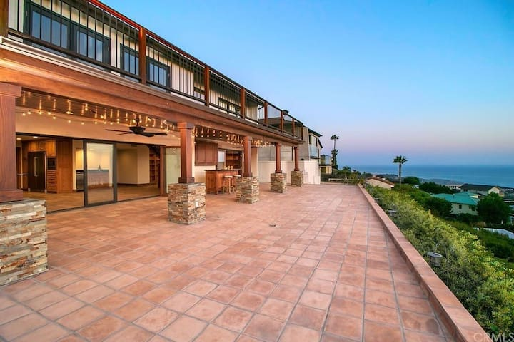Gorgeous Hilltop Home with Panoramic Ocean Views