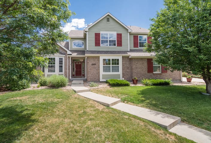 Luxury 5 bedroom family-friendly home by Boulder - Broomfield - House