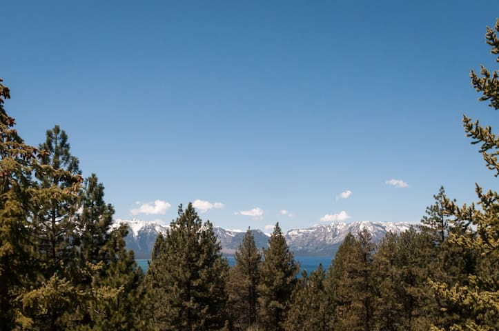 A PIECE of HEAVEN in LAKE TAHOE $129 this weekend