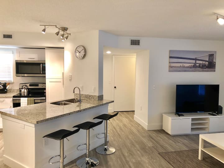 NEW 2 BEDROOMS CONDO BY SAWGRASS MALL