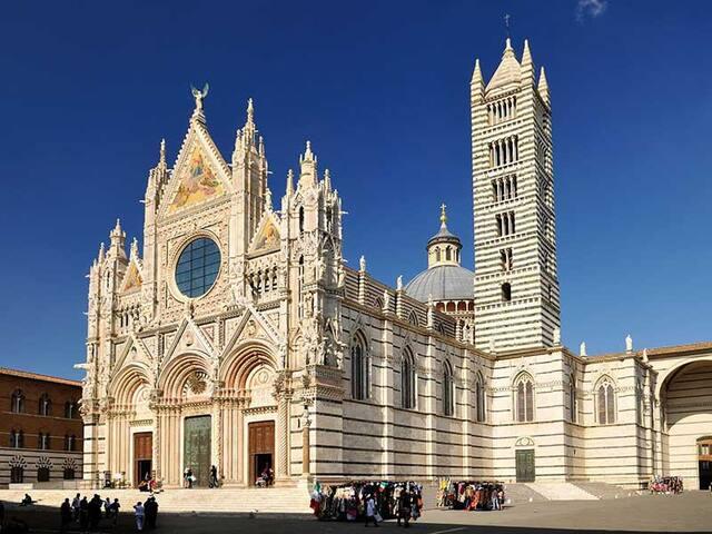vivi la vera Toscana - live the real Tuscany