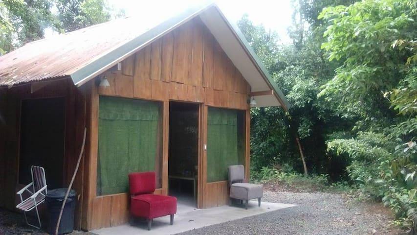 La Ceiba Ecoadventures El Pavon Cabin - Platanillo - 家庭式旅館
